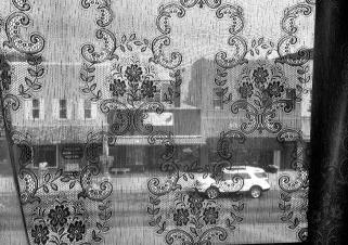 Elizabeth Ross, Curtain View