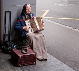 Rick Wise - Accordion Lady